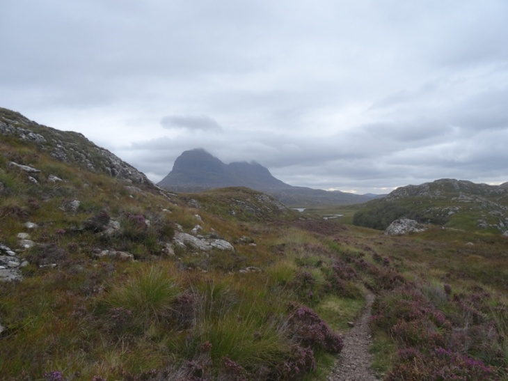 An early view of Suilven, being gently crowned by clouds.