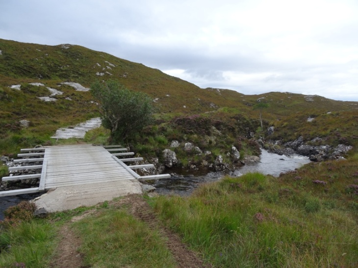 An impressive bridge and proper road at the bottom of Suilven (across Abhainn na Clach Airigh?)