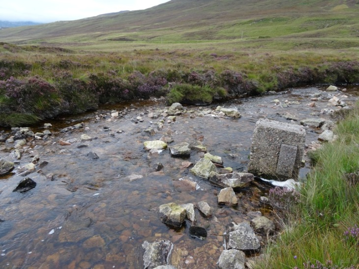 Where I did end up crossing Allt Mhic Mhurchaidh Gheir. I think that concrete block used to be one of the bridge foundations! I got across the difficult looking bit safely, it was one of those big rocks that was my undoing.