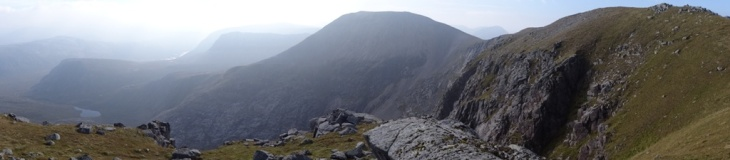 The real Ceann Garbh, on the right. The short flat section further back is Ganu Mor