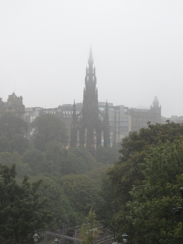 A dreich day in Edinburgh. The Scott Monument.