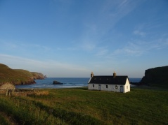 Another beautiful shot of Kearvaig bothy (seriously, is it possible to take a bad photo of this bothy?)